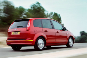 Ford-C-Max-001