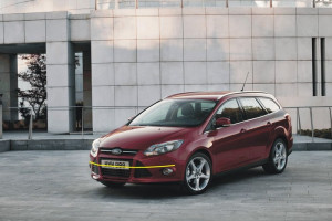 Ford-Focus-sw-003
