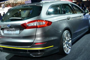 Ford-Mondeo-sw-003