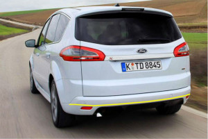 Ford-S-Max-001
