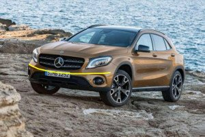 Mercedes-Benz-GLA-2018